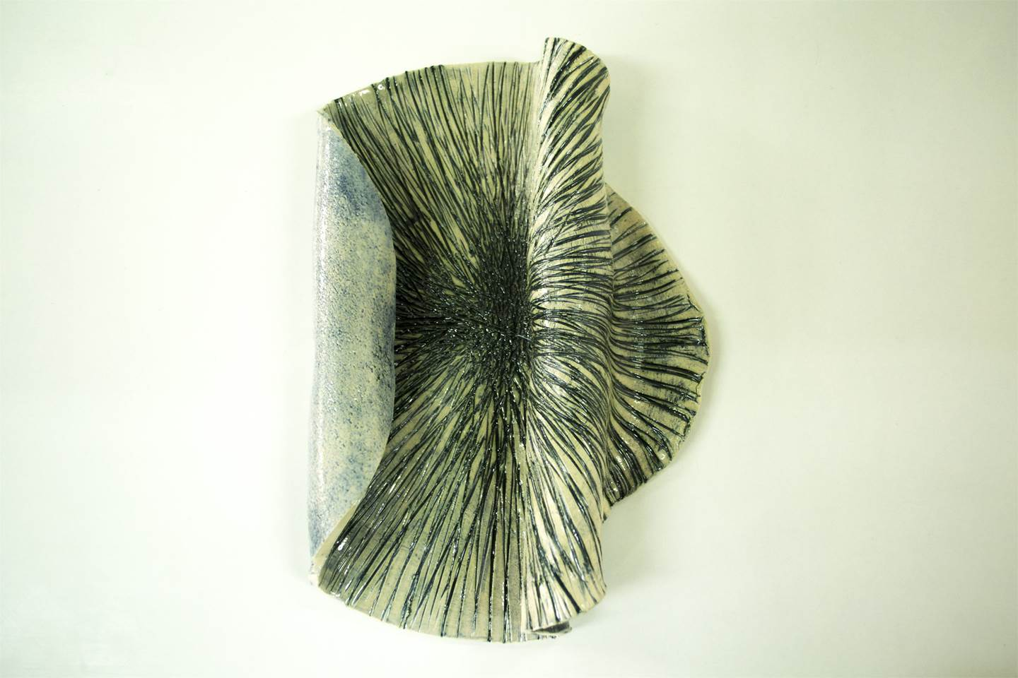 Tágide (colour 7), original Abstract Ceramic Sculpture by Ana Almeida Pinto