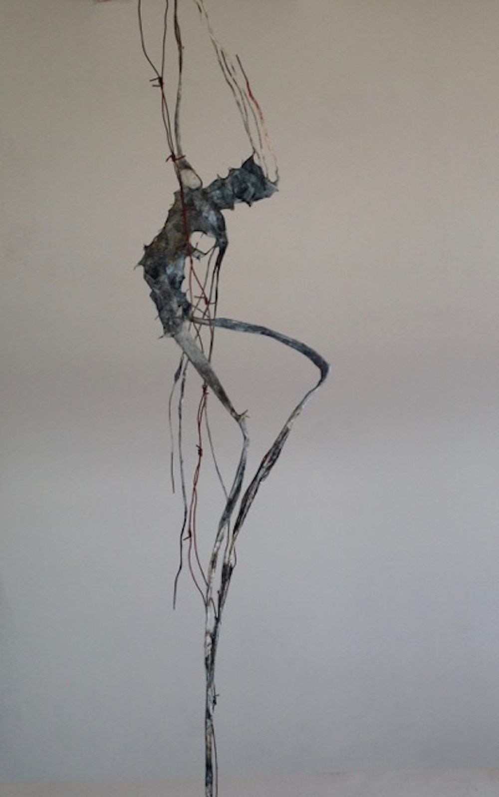 Verstrickt no 2, original Abstract Metal Sculpture by Alexius Wichtler