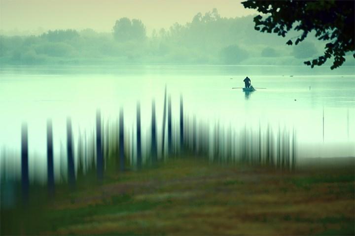 Eu fundi numa cor una de felicidade a beleza do sonho e a realidade da vida!, original Landscape Photography by Horácio Graça