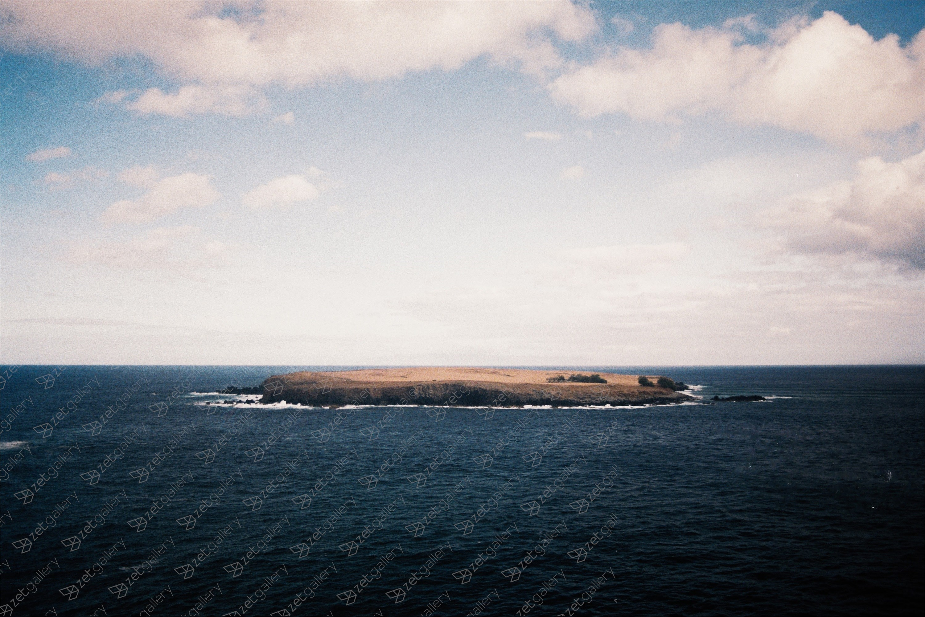 Um ilhéu sozinho / An islet by itself, original Landscape Analog Photography by Miguel De