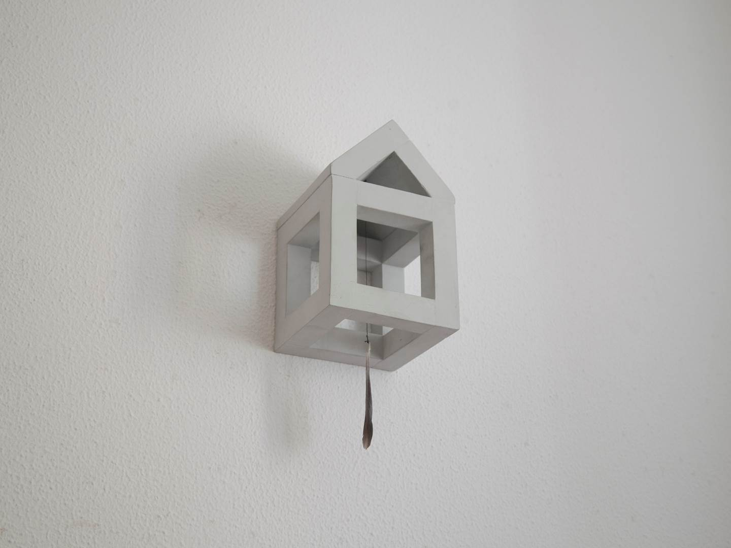 Foge casa!, original Small Mixed Technique Sculpture by Carlos Filipe Cavaleiro