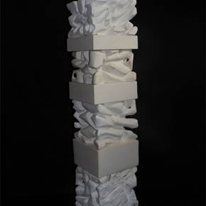 Estratos de Pensamento I, original Abstract Plaster Sculpture by Jéssica Burrinha