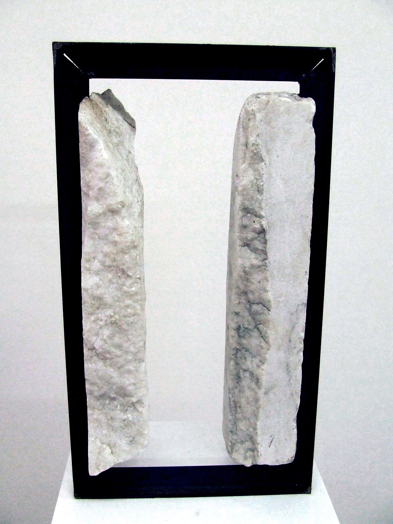 Ecótono 6.1, original Abstract Marble Sculpture by Ana Almeida Pinto